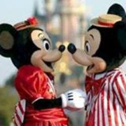 Campaña phishing en Facebook,sortean entradas a DisneyLand París